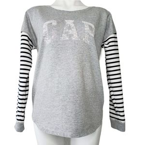 GAP | Mixed Media Graphic Sweater Stripes Gray M